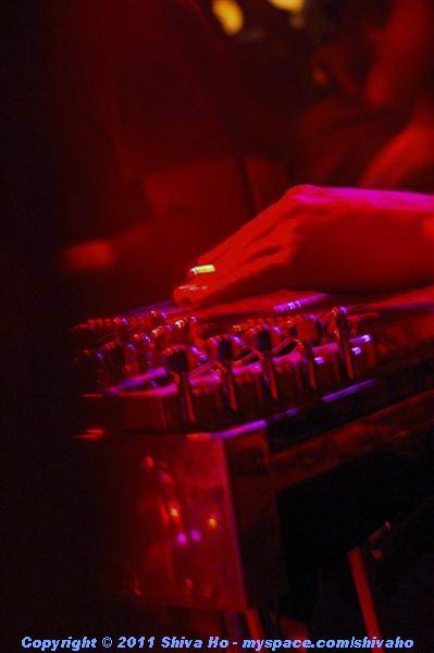 b4b2011-10-07n-327Medium.JPG